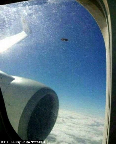 中国大陆西南部的客机上拍摄
